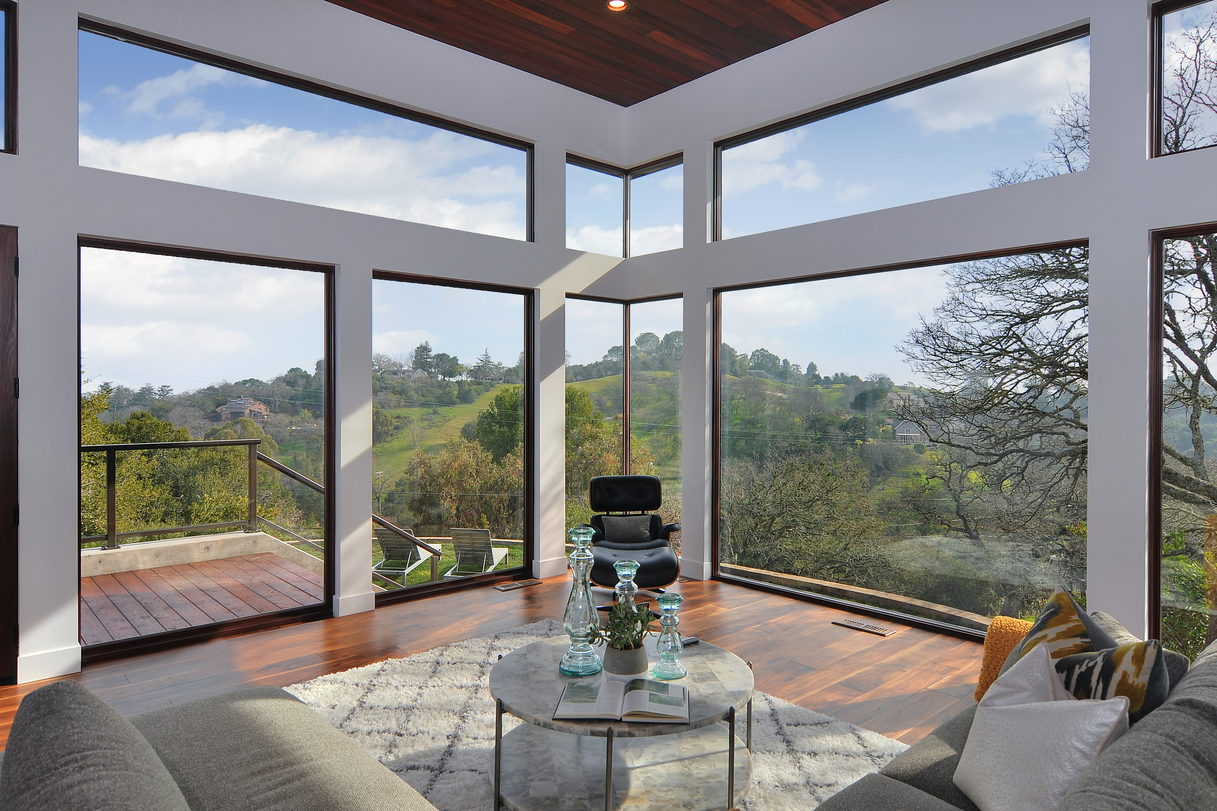 Large living room sweeping view