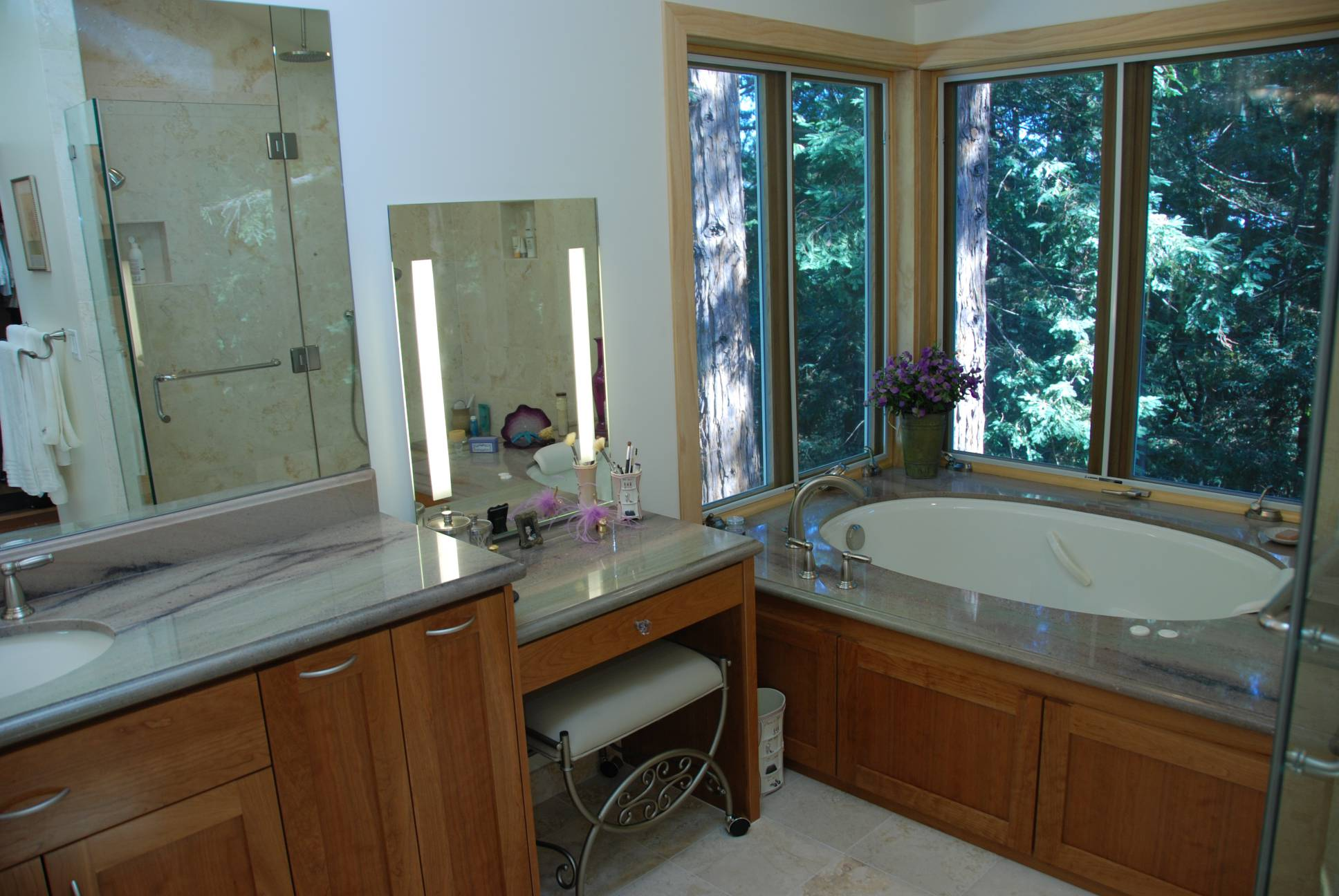 Master Bathroom whirlpool jacuzzi, Architect design, interior design work, Woodside