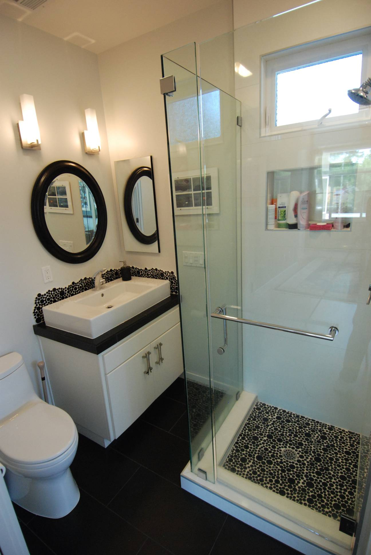 Modern bathroom, interior design, Palo Alto