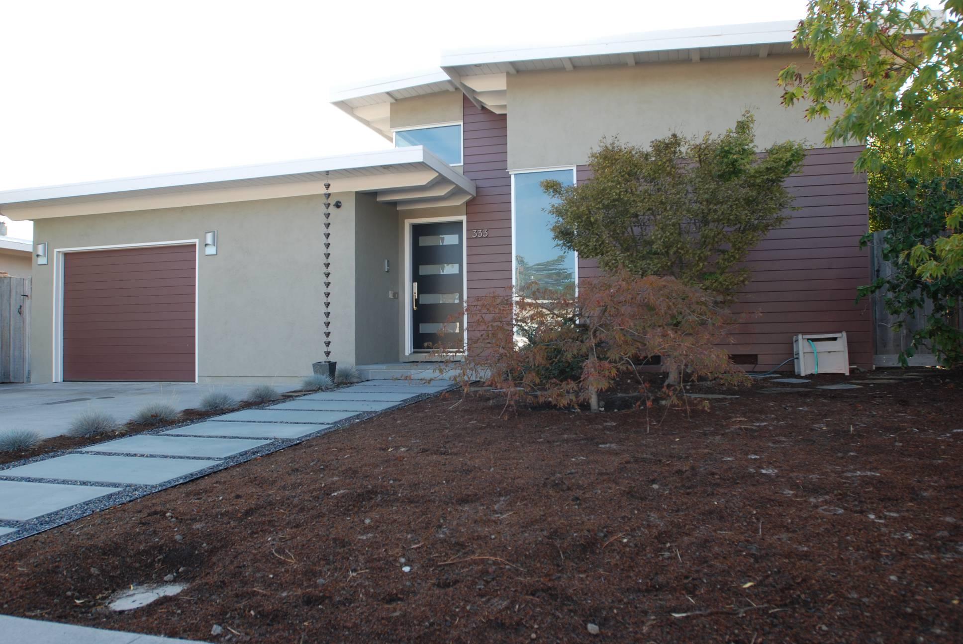 Modern home front yard facade, Architect design, exterior design work, Mountain View