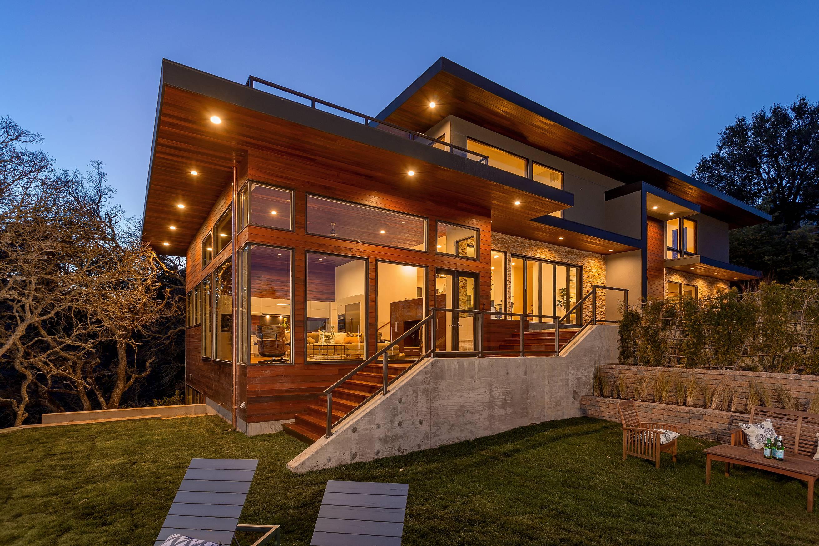 Modern home side profile walkway