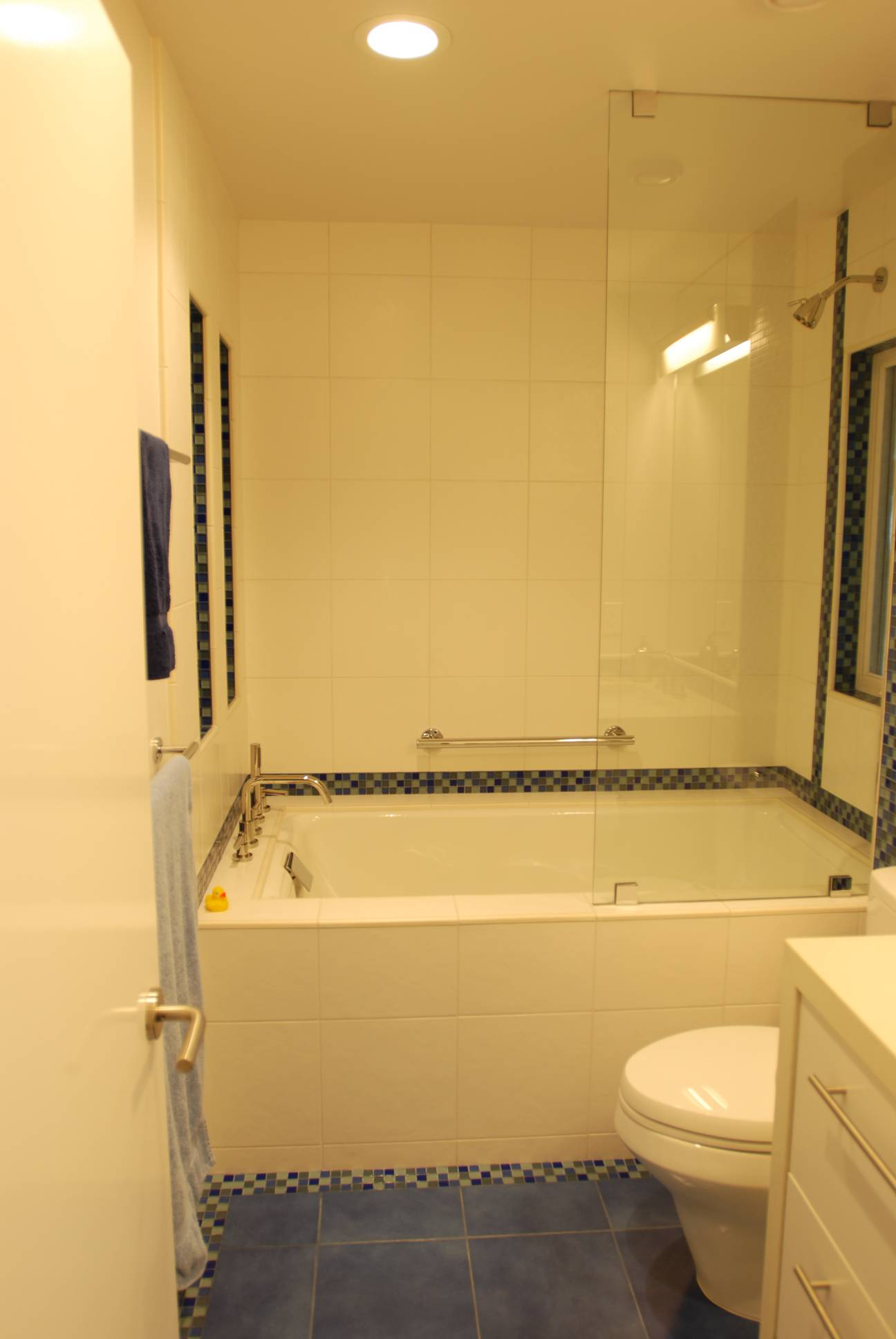 White Tile Bathroom, best Architect design, interior design work, Menlo Park