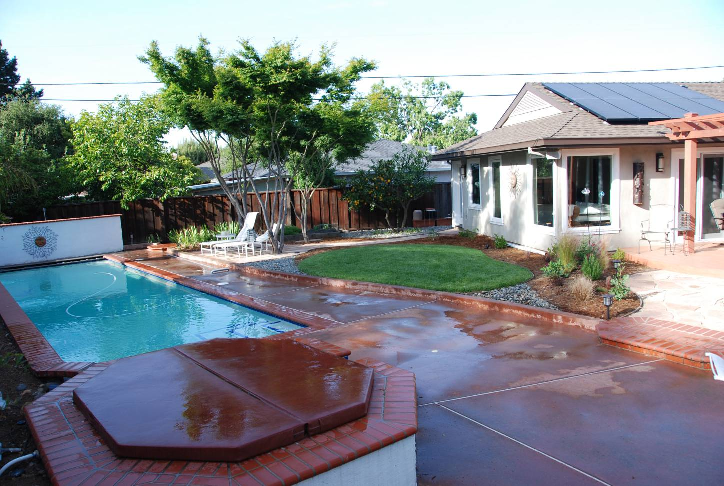 backyard with large swimming pool sitting area fountain, Splendid Architect design, exterior design work, Mountain View
