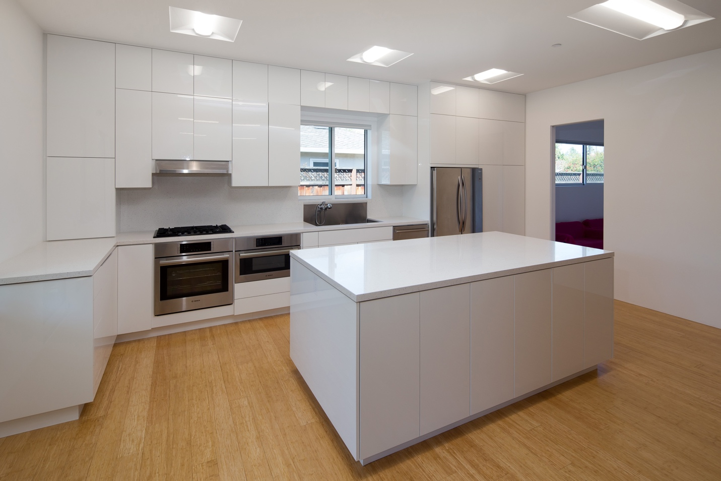Medium kitchen, Modern Architect design, interior design work, Los Altos