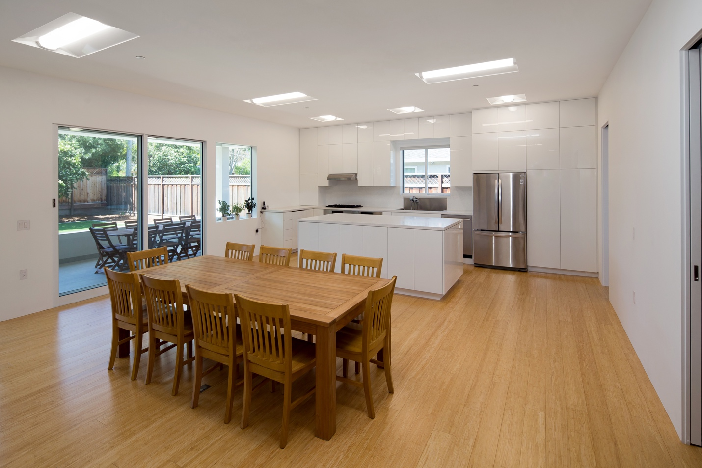 Kitchen with dining room, Modern Architect design, interior design work, Los Altos