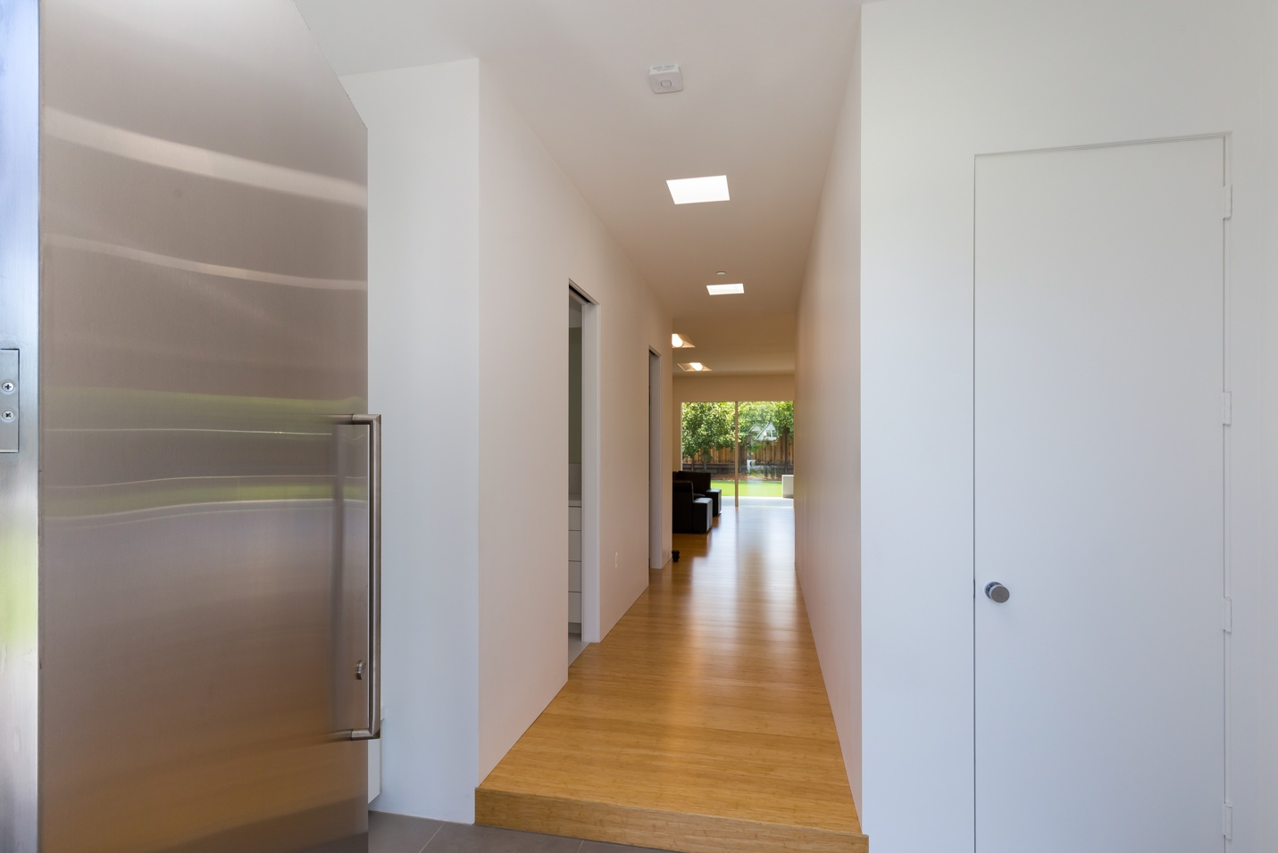 Corridoor, Modern Architect design, interior design work, Los Altos