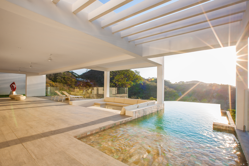 Wonderful pool with view, architect design, Acuarela Dream Residence