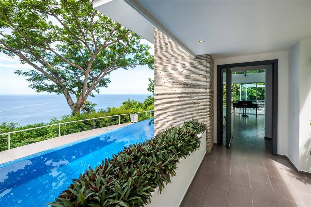 Modern small pool with view, exterior design, architect design work, T6 Beach Residence