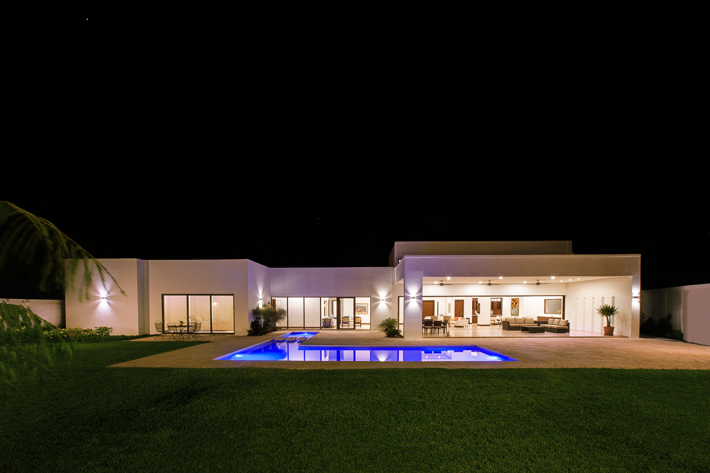 Outdoor architect design, exterior design Enstancia Residence