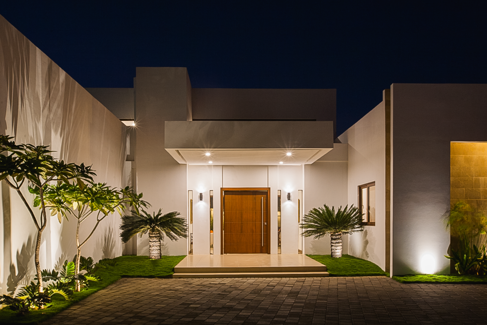 Modern outside home, architect design, Enstancia Residence