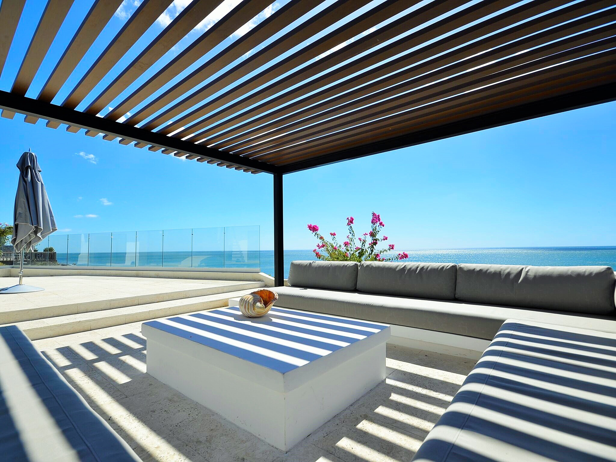 Modern beach, best interior design, Sorrento Beach Residence