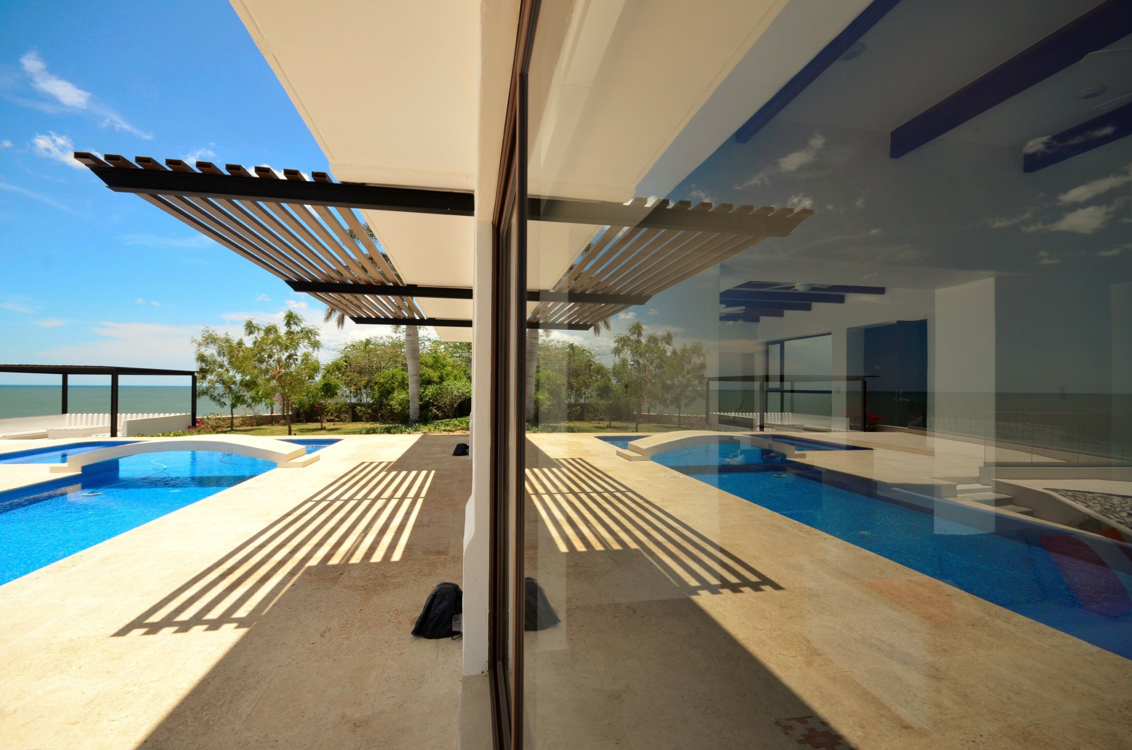 Elegant beach, architect design, Sorrento Beach Residence