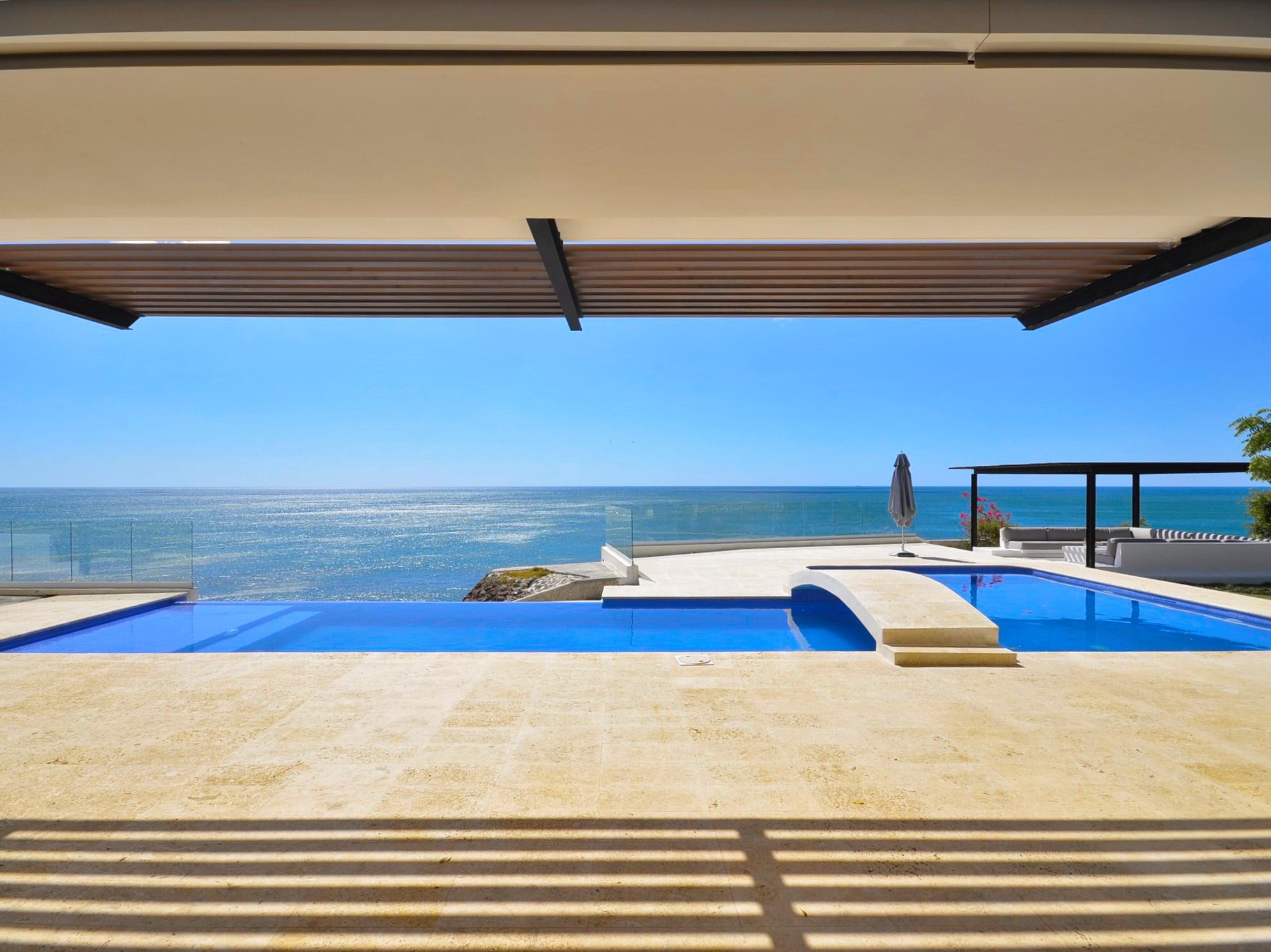 Modern beach, soothing view, interior design, architect work, Sorrento Beach Residence