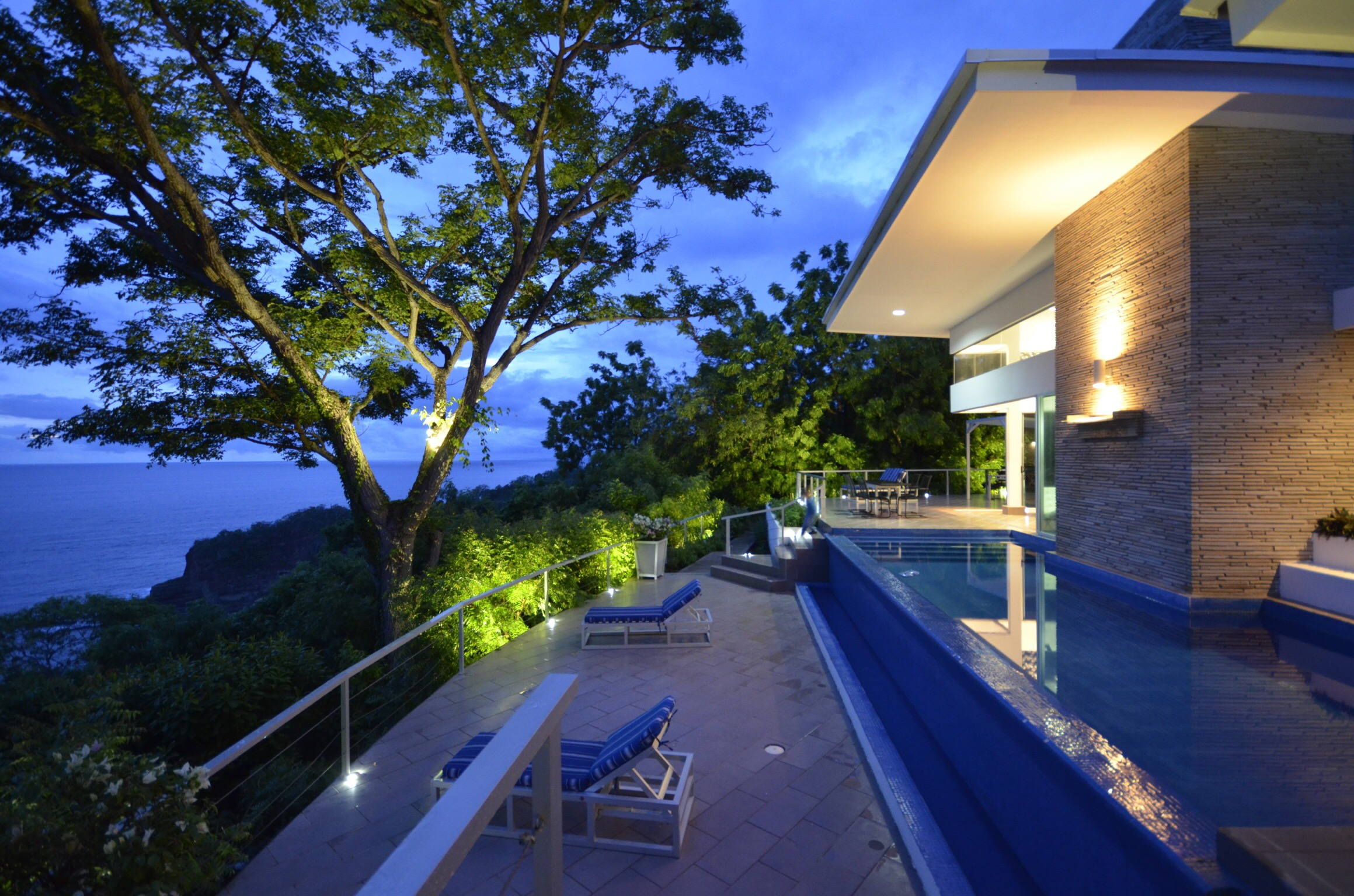 Beautiful outdoor pool with view, best architect design, exterior work, T6 Beach Residence