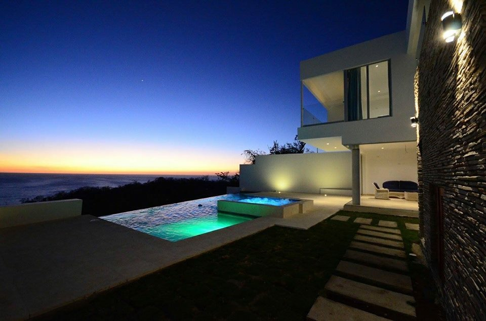 Modern pool, soothing view, architect work, Pacific Penthouse Residence