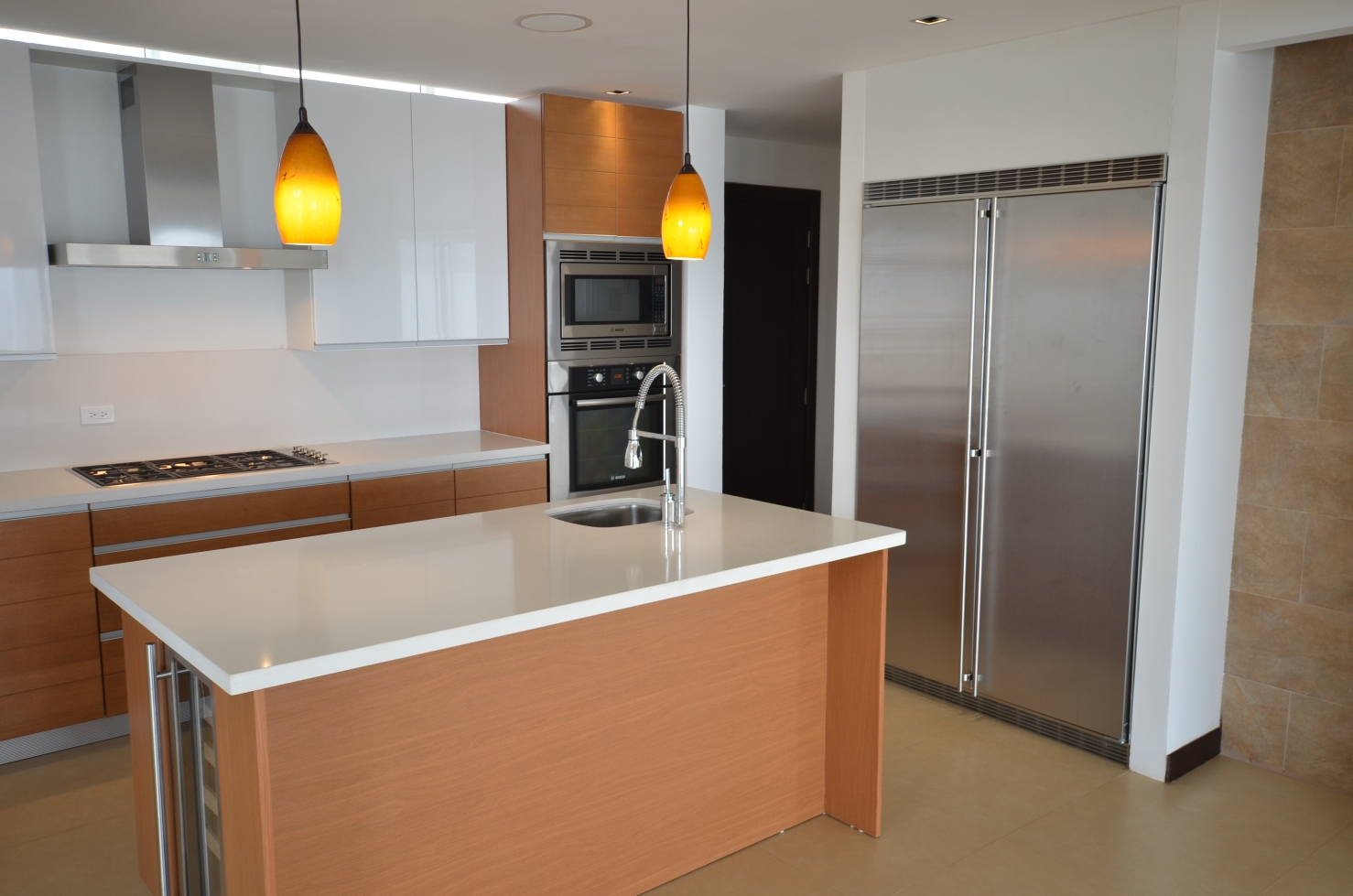 Simple and elegant kitchen, interior design, architect design, Vitruvian Residence