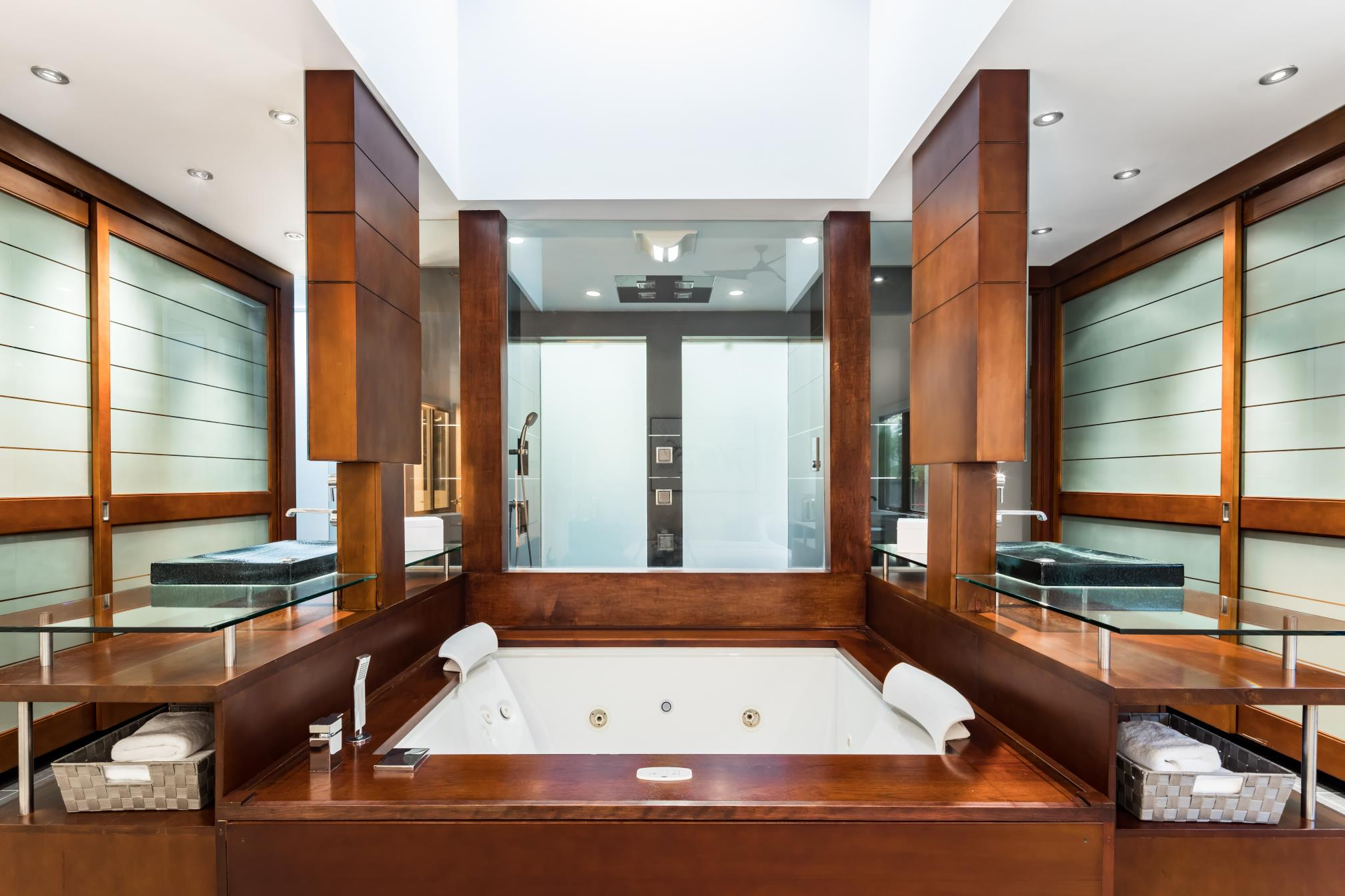 Modern Mater bathroom, interior design, Los Altos