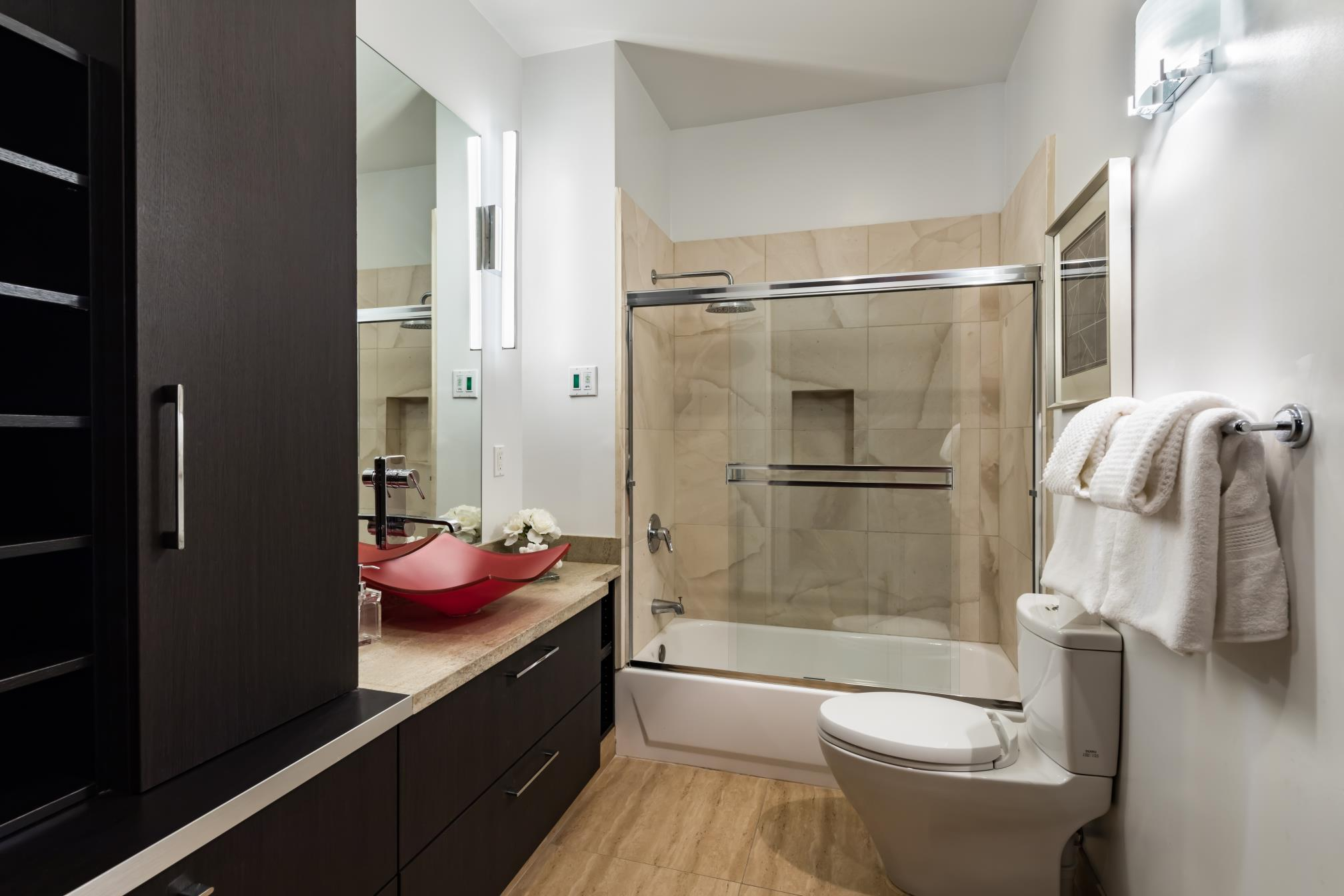 Modern bath room, architect work, Los Altos