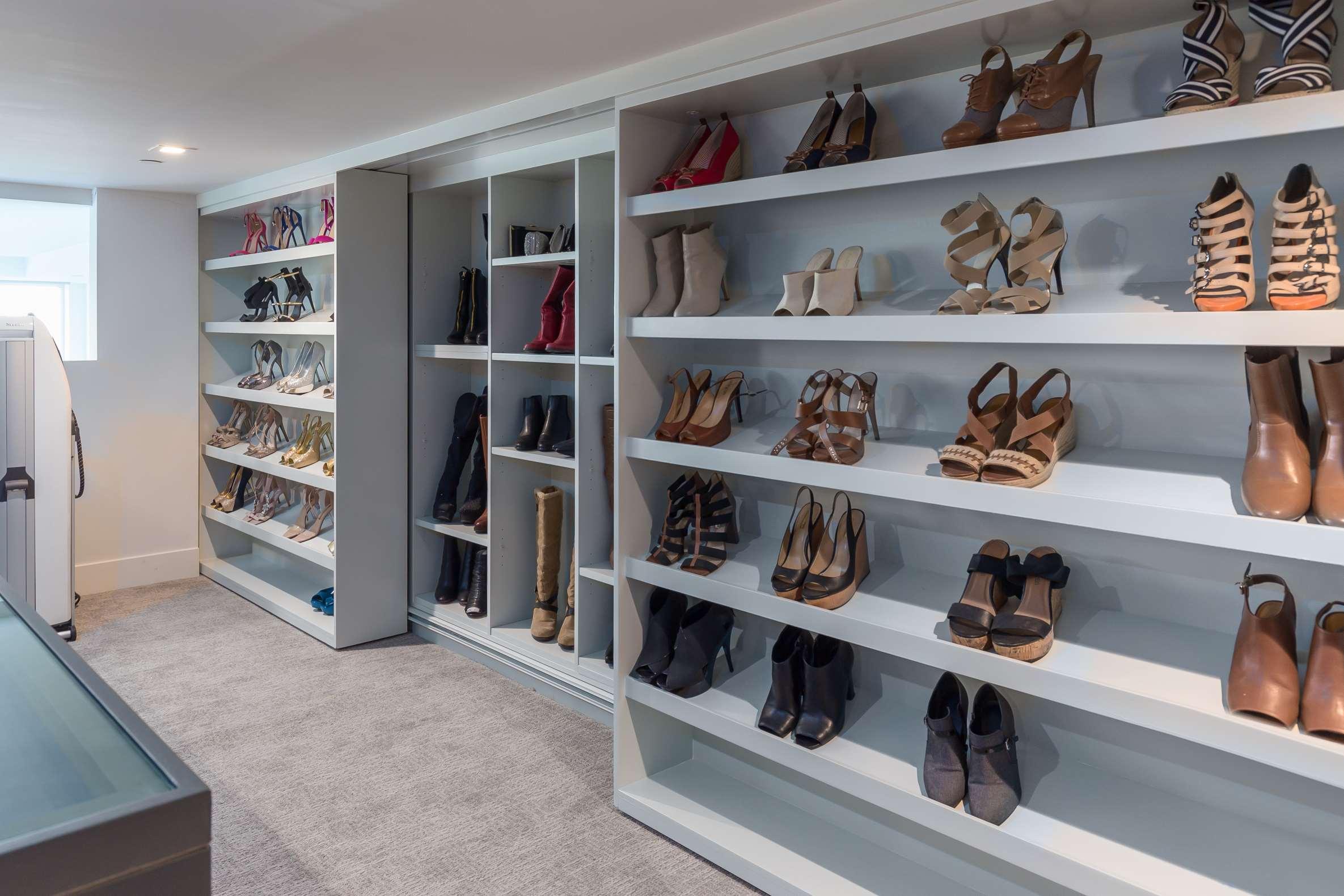 Master Closet (c) copy