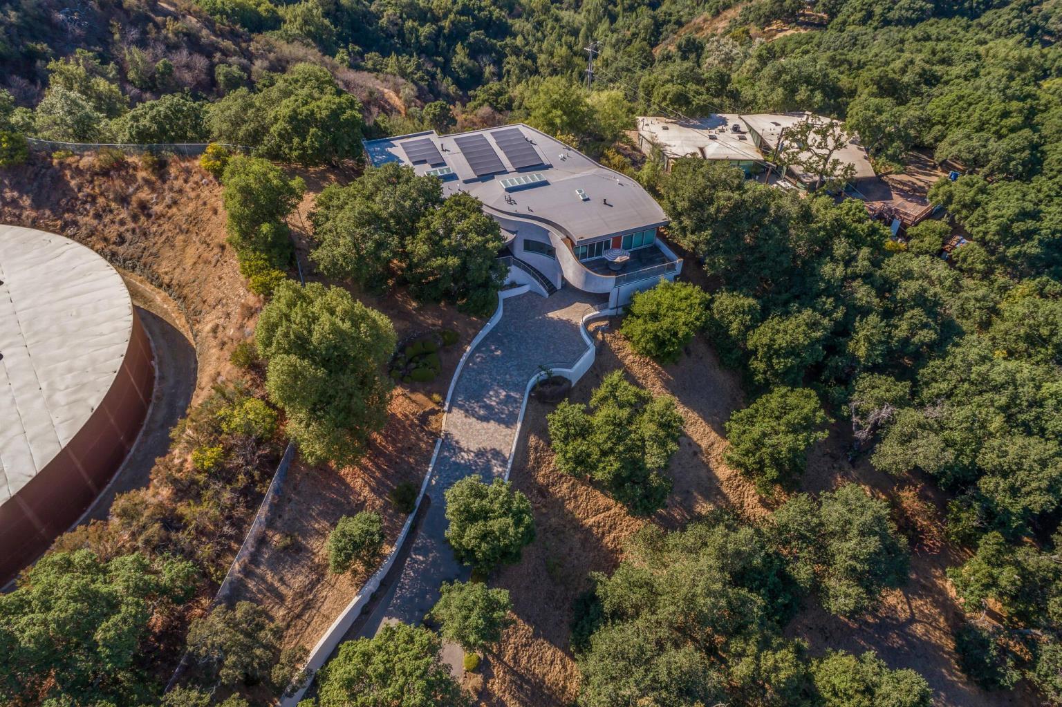 La Loma Residence